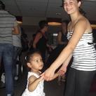 Nevayah met haar nicht Denise