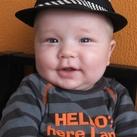 Branco Dit is onze zoon Branco ruim 2 maanden te vroeg geboren nu 8 maanden oud en het is hem niet aan te zien (omgerekend 6 maanden oud)